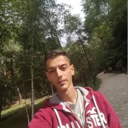 Cupidon.ro - Poza lui alin32m, Barbat 32 ani. Matrimoniale Fagaras Romania