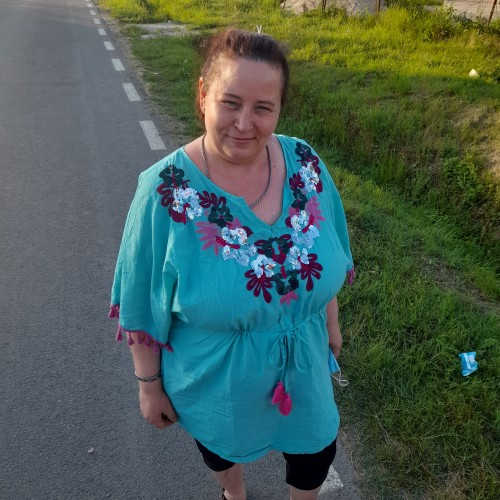 Picture of Manta, Woman 49 years old, from Jebel Romania