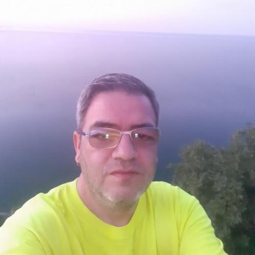 Foto di Euu, Uomo 43 anni, da Arad Romania