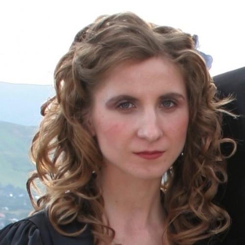 Cupidon.ro - Poza lui Lacramioara, Femeie 38 ani. Matrimoniale Iasi Romania