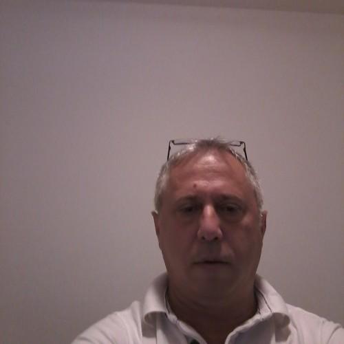 Foto di Policala, Uomo 53 anni, da Ploiesti Romania