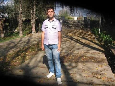 Cupidon.ro - Poza lui laurmeianu, Barbat 41 ani. Matrimoniale Bals Romania