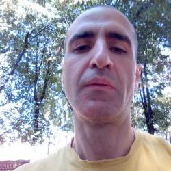 Cupidon.ro - Poza lui ovi77, Barbat 42 ani. Matrimoniale Brasov Romania