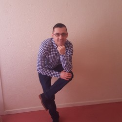 Cupidon.ro - Poza lui Adyy, Barbat 41 ani. Matrimoniale Brasov Romania