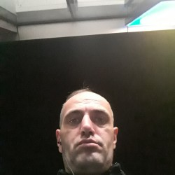 Picture of ghinețclaudiu, Man 41 years old, from Livezile Romania