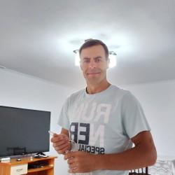 Cupidon.ro - Poza lui Cosmin86, Barbat 34 ani. Matrimoniale Pietrosani Romania