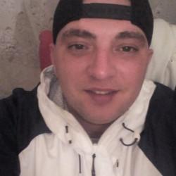Cupidon.ro - Poza lui ValiG, Barbat 32 ani. Matrimoniale Garla Mare Romania