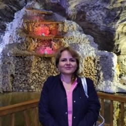 Cupidon.ro - Poza lui medri, Femeie 42 ani. Matrimoniale Bacau Romania