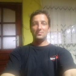 Cupidon.ro - Poza lui Seby, Barbat 42 ani. Matrimoniale Corabia Romania