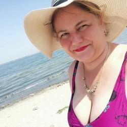 Foto di Dolly, Donna 50 anni, da Costinesti Romania
