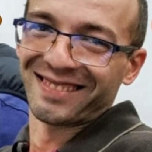 Cupidon.ro - Poza lui victormures, Barbat 34 ani. Matrimoniale Afumati Romania