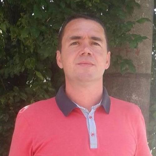 Cupidon.ro - Poza lui georgeiulian, Barbat 44 ani. Matrimoniale Bucuresti Romania