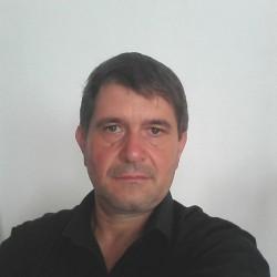 Cupidon.ro - Poza lui iahim-VS, Barbat 51 ani. Matrimoniale Deleni Romania