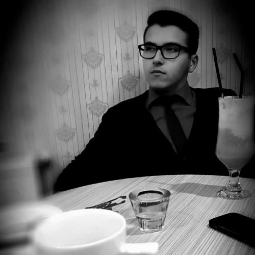 Photo de Stefanchiarel, Homme 22 ans, de Campina Roumanie