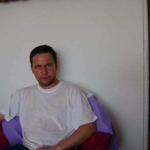 Foto di drragosh, Uomo 29 anni, da Pitesti Romania