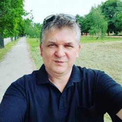 Photo de Bob, Homme 57 ans, de Bucarest Roumanie