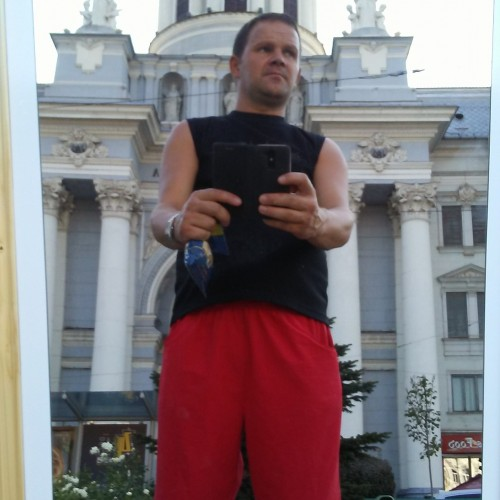 Cupidon.ro - Poza lui gimi30gimi, Barbat 43 ani. Matrimoniale Arad Romania
