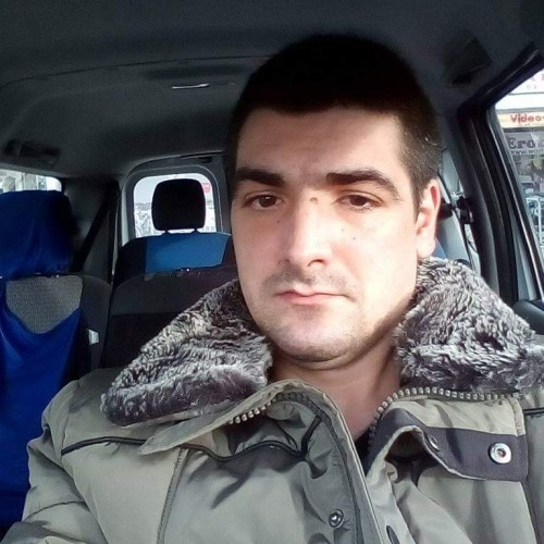 Foto di Seby_1990, Uomo 31 anni, da Targoviste Romania