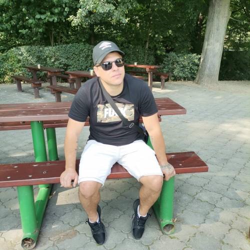 Photo de Papito87, Homme 33 ans, de Oradea Roumanie