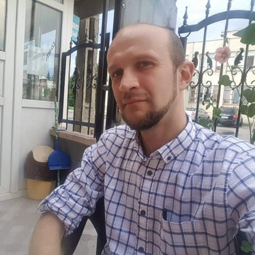Cupidon.ro - Poza lui MirceaBoeriu, Barbat 31 ani. Matrimoniale Brasov Romania