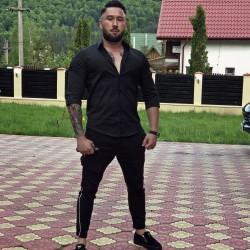 Cupidon.ro - Poza lui Mihai30, Barbat 30 ani. Matrimoniale Brasov Romania
