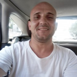 Photo de Gabriel25, Homme 39 ans, de Braila Roumanie