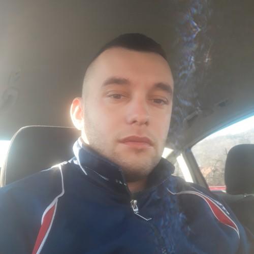 Cupidon.ro - Poza lui Marianxxx5, Barbat 28 ani. Matrimoniale Sistarovat Romania