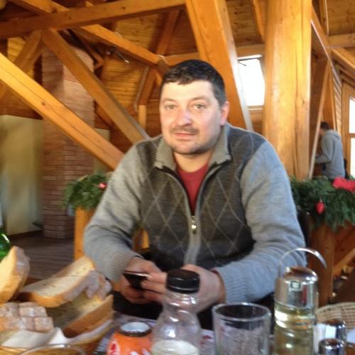 Cupidon.ro - Poza lui Valentinbotezatu, Barbat 40 ani. Matrimoniale Piatra Neamt Romania