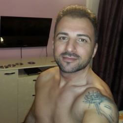 Cupidon.ro - Poza lui iogourt, Barbat 42 ani. Matrimoniale Bucuresti Romania