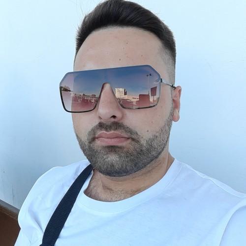 Foto di Bogdan22, Uomo 23 anni, da Popesti-Leordeni Romania