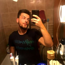 Photo de Catalin___Stefan, Homme 23 ans, de Giurgiu Roumanie