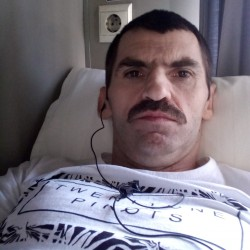 Cupidon.ro - Poza lui misulica77, Barbat 43 ani. Matrimoniale Arad Romania
