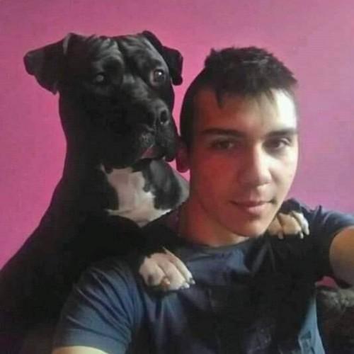 Cupidon.ro - Poza lui Robert98, Barbat 22 ani. Matrimoniale Negru Voda Romania