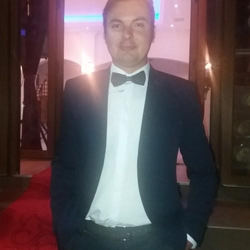 Photo de TeodorL, Homme 35 ans, de Bucarest Roumanie