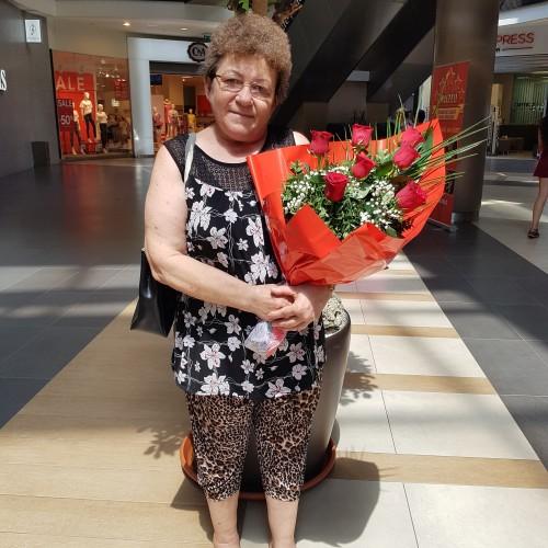Photo de otvosgeorgeta, Femme 65 ans, de Sofronea Roumanie