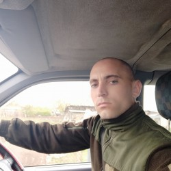 Cupidon.ro - Poza lui Maxik, Barbat 30 ani. Matrimoniale Floresti Moldova