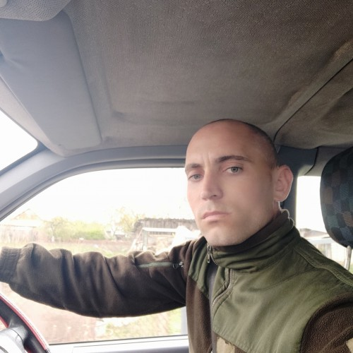 Picture of Maxik, Man 30 years old, from Floresti Moldova