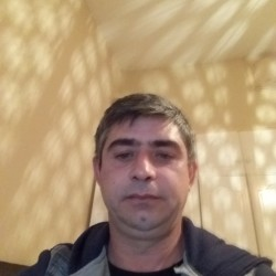 Photo de octavian75, Homme 45 ans, de Bucarest Roumanie